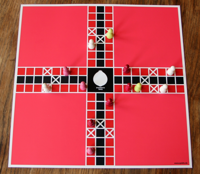 brettspiel-mit-logo-pachisi-greatberry-tapes-IMG_1976