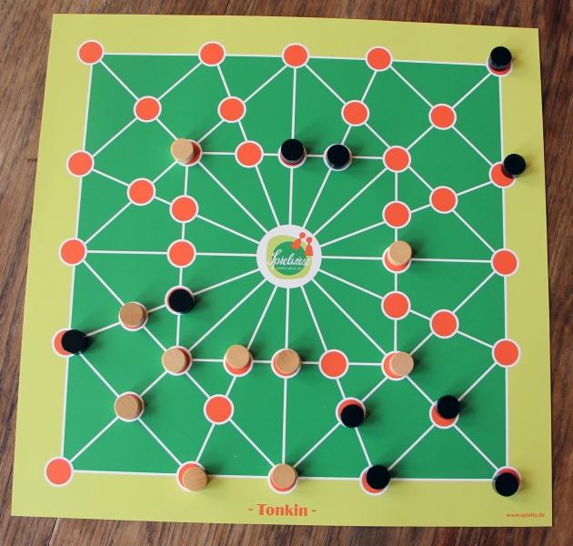 brettspiel-mit-logo-tonkin-spielwiese-IMG_1974