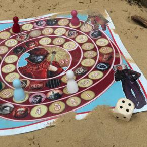 Spielen am Strand oder im Garten: Spieltz Outdoor Brettspiele auf LKW-Plane