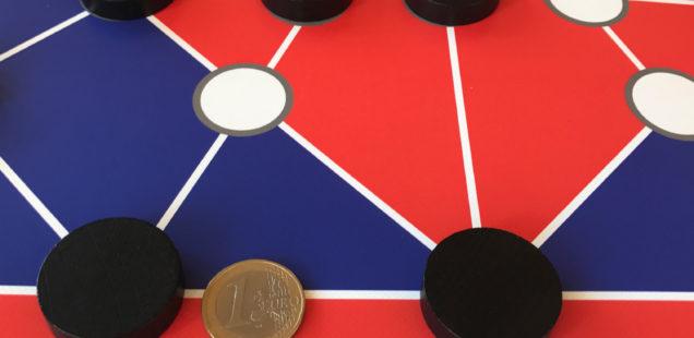 Brettspiele für Senioren - extra große Spielfiguren, Spielpläne XL, verbesserte Kontraste