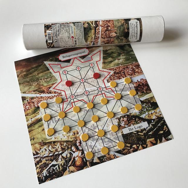 belagerungsspiel-brettspiel-mit-branding